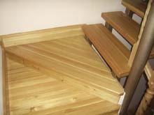 Выбор не только типа лестницы, но и материала, из которого она будет изготовлена, в значительной степени будет зависеть от ее расположения.