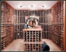 Построить винный погреб в загородном доме не так уж сложно.