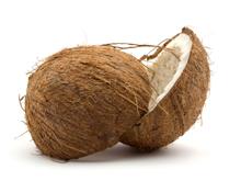 Кокосовые орехи растут группами по 15–20 штук