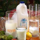 Кефир  вырабатывают из коровьего  пастеризованного  молока
