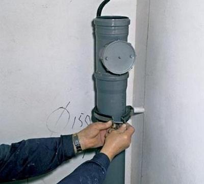 ustanovka-kanalizacii-v-dome1
