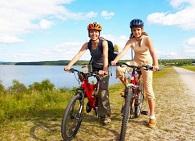 kakoj-velosiped-luchshe-vybrat-dlya-poezdok-na-dachu