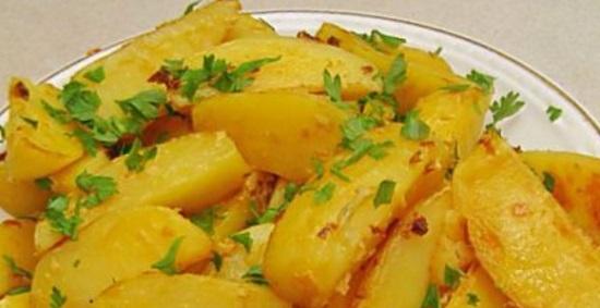 kartofel-zapechennyj-v-gorchice