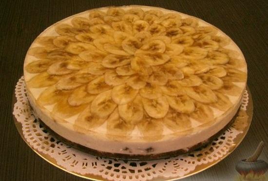 recept-tvorozhnogo-torta-s-fruktami-bananami