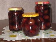 Плодовые и ягодные  маринады хранят при температуре  от 0 до 15 °С