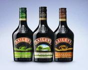 В зависимости от содержания спирта и сахара, ликеры делятся на три вида: крепкие, десертные и кремы.