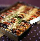 Баклажаны можно тушить с помидорами,морковью,картофелем