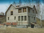 Дом из бетонного блока