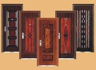 Как выбрать для дачи хорошую входную дверь