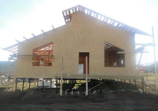 Как построить дом на винтовых сваях?