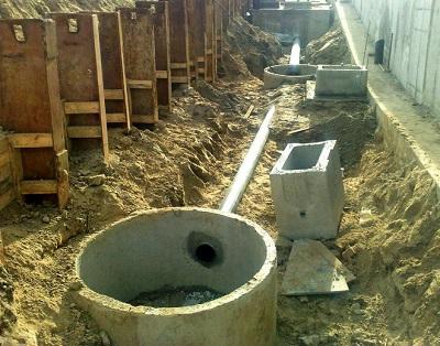 ustanovka-kanalizacii-v-dome3