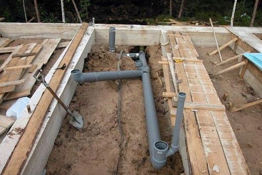 Монтаж канализации до постройки дома
