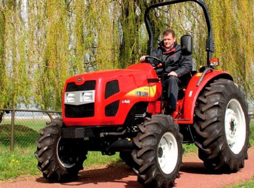 kak-vybrat-mini-traktor-dlya-dachi
