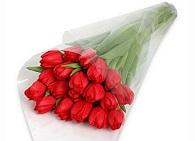 Делаем красивый букет из тюльпанов