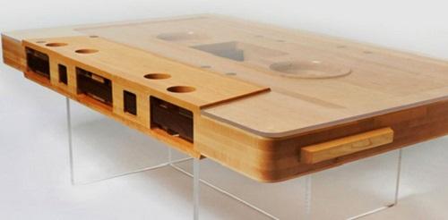 stoly-ot-dizajnerov-originalnyj-vid-i-funkcionalnost