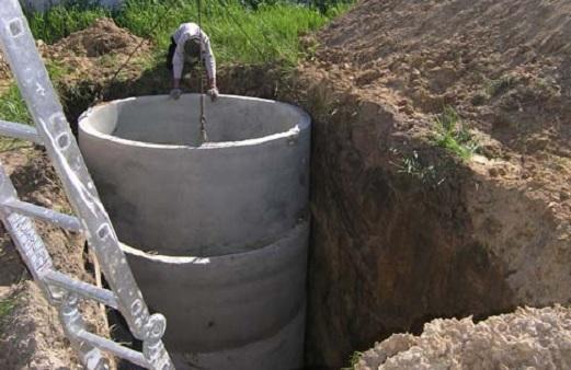 ustrojstvo-kanalizacii-iz-betonnyx-kolec-2