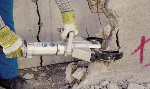 kak-razrushit-beton-v-domashnix-usloviyax