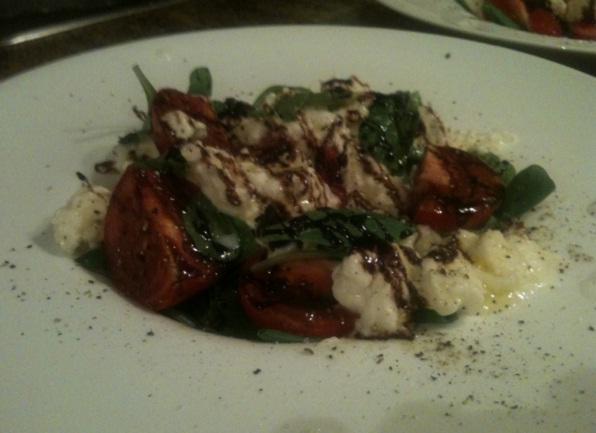 recept-salata-s-mocarelloj-kornom-tomatami-cherri-11