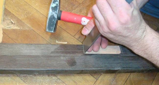 Как самостоятельно поставить двери с коробкой из МДФ с помощью монтажной пены