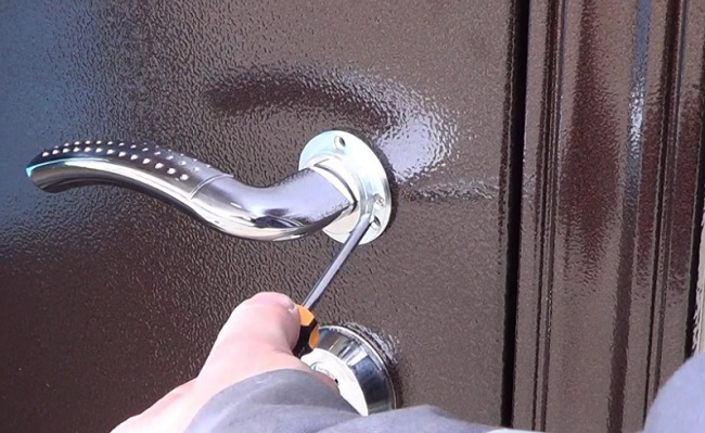 Выбор входной стальной двери: типы входных конструкций