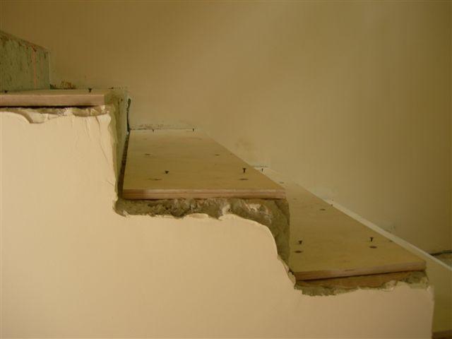 Деревянная лестница на второй этаж своими руками