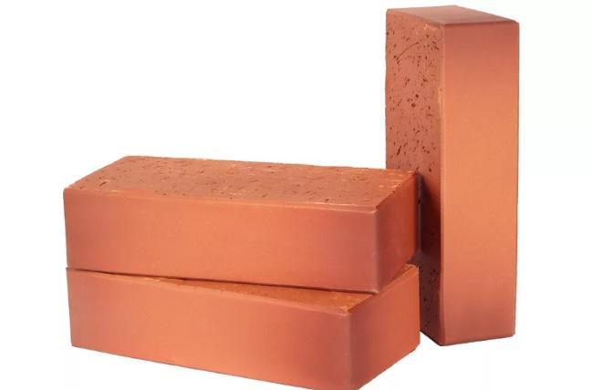 Полнотелый керамический кирпич - универсальный материал строительства